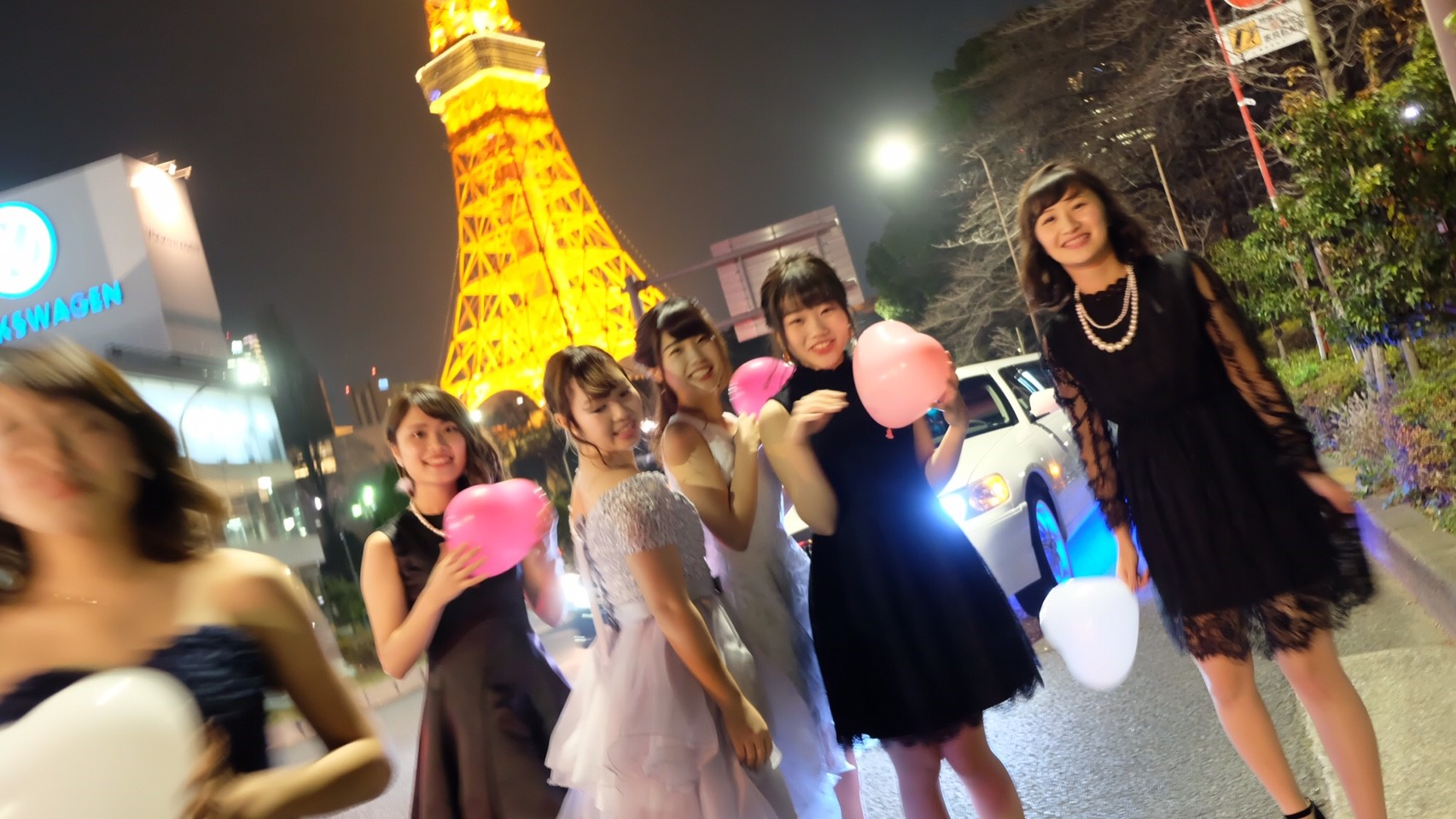 リムジンパーティー リムジン女子会 リムジンレンタル
