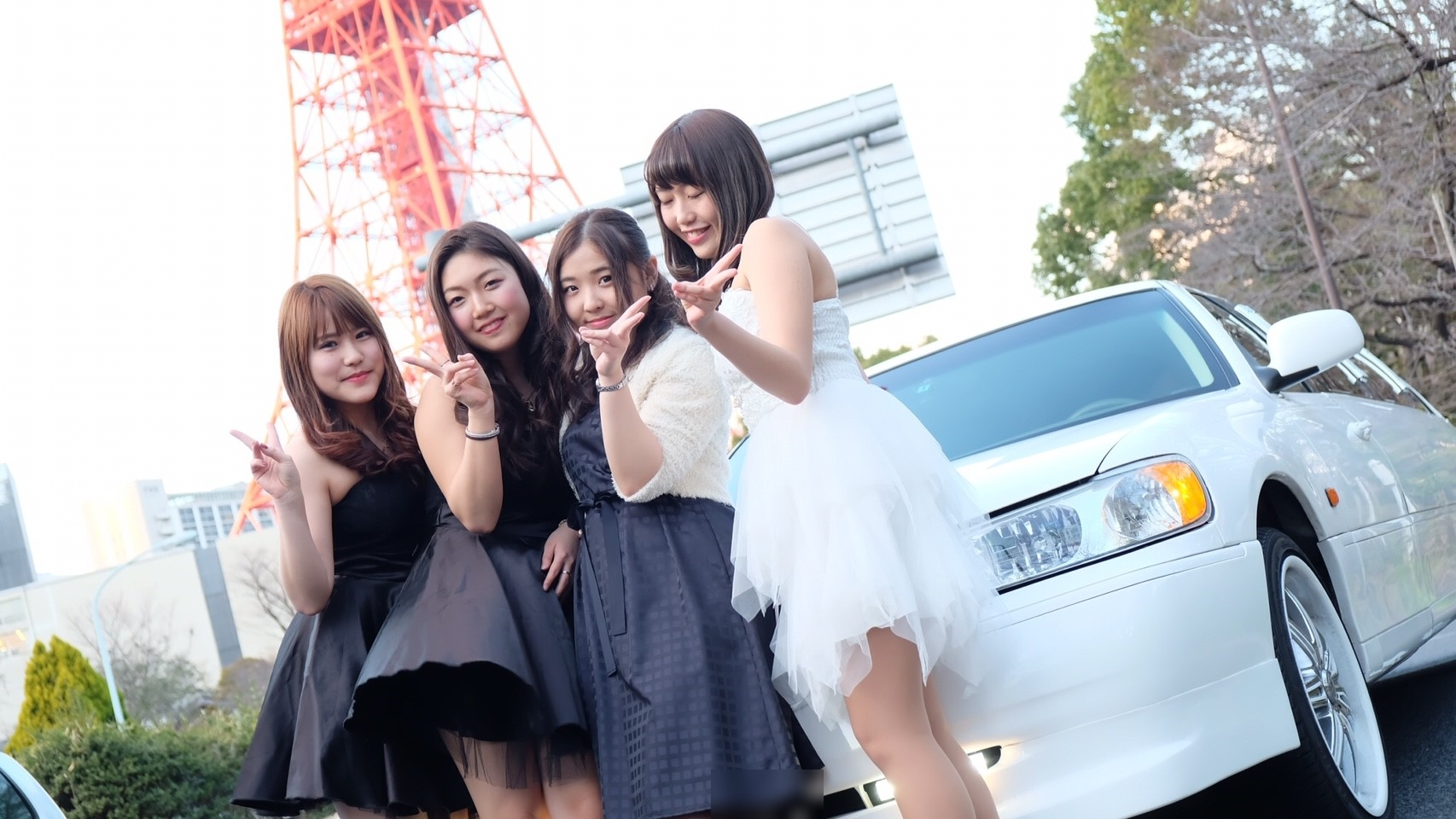 東京タワー 高校生リムジンパーティー
