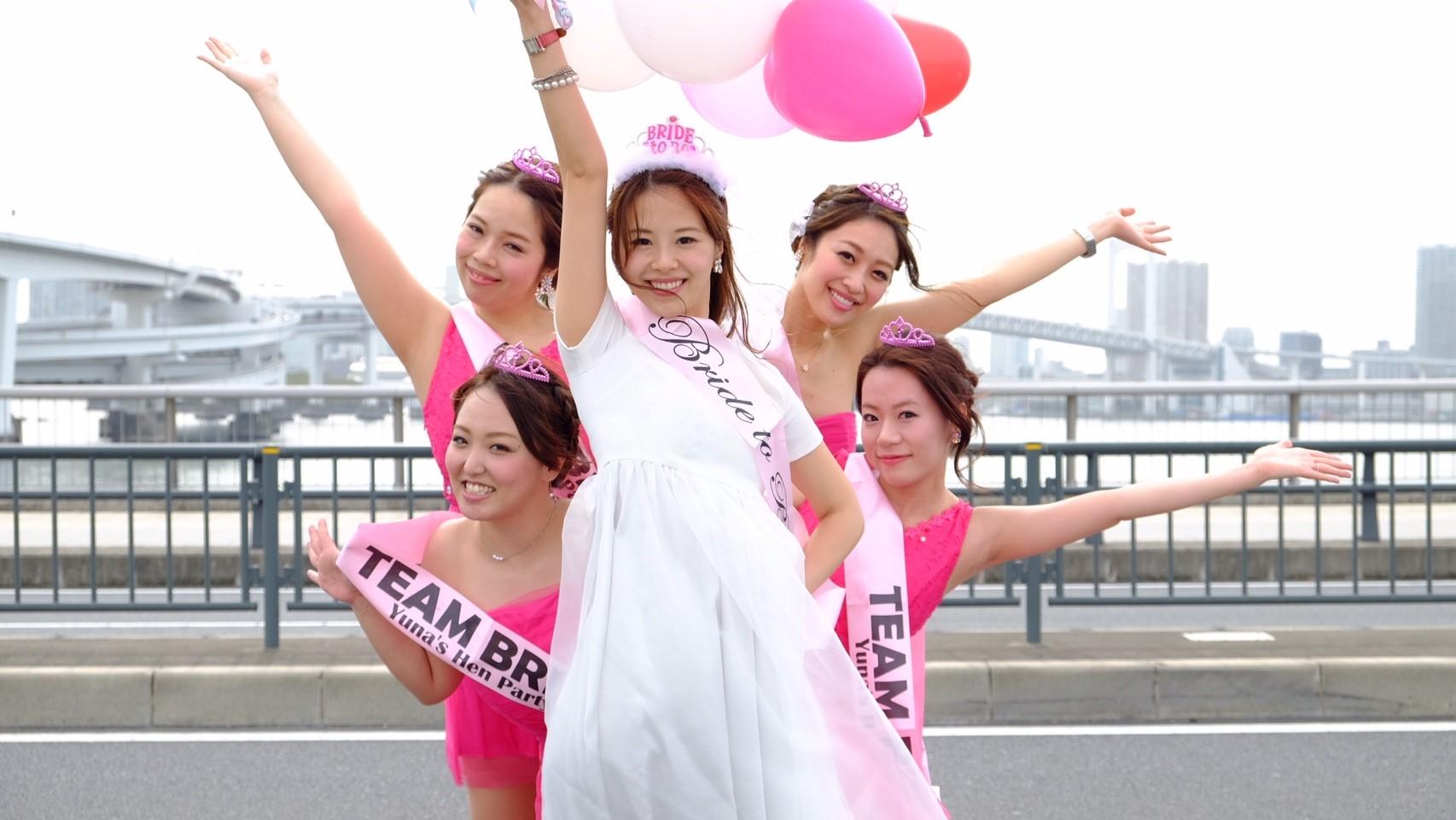 バチェロレッテパーティーするならLIMO JAPAN∞