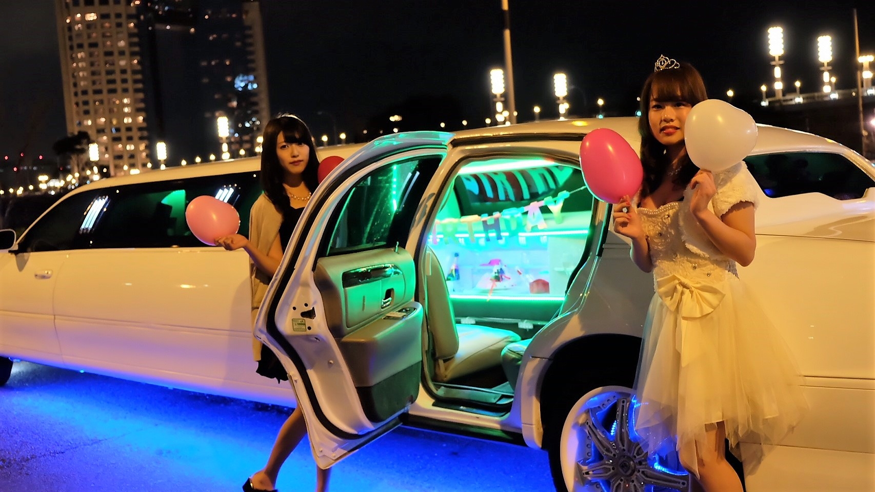 リムジンパーティー東京で楽しむならLIMO JAPAN∞