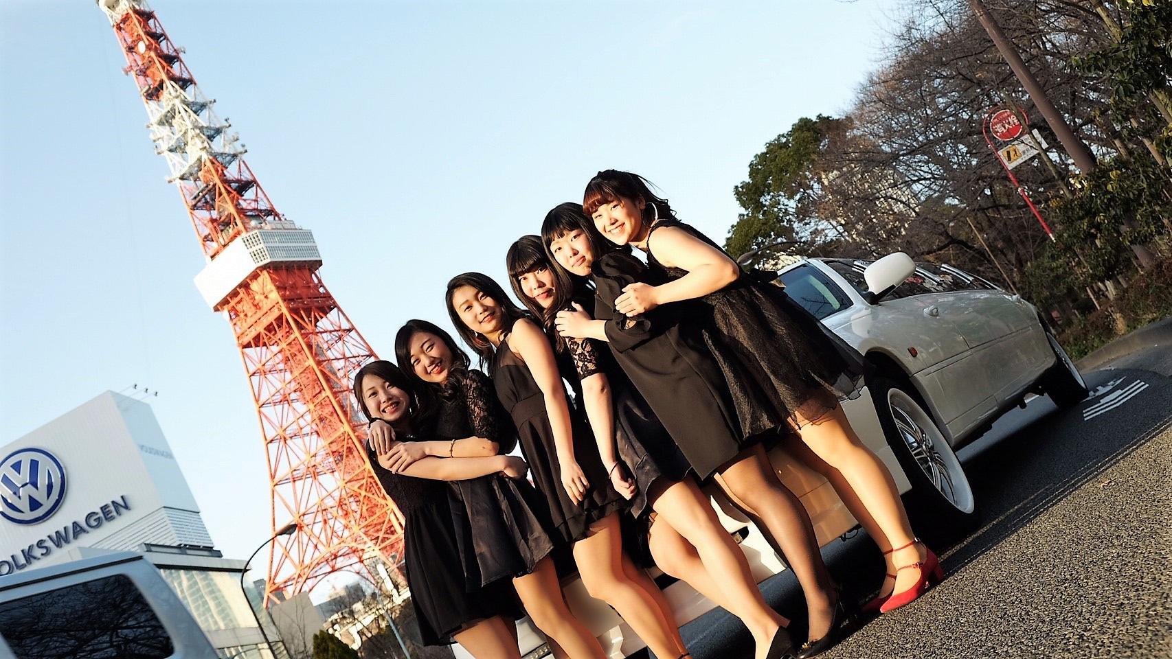 リムジンパーティーで東京タワー前撮影