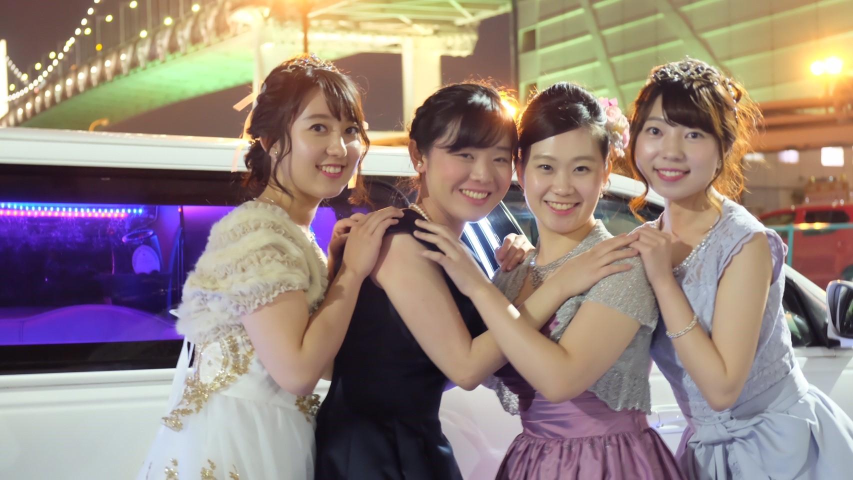 撮影女子会するならリムジンが無料で使えるLIMO JAPAN∞