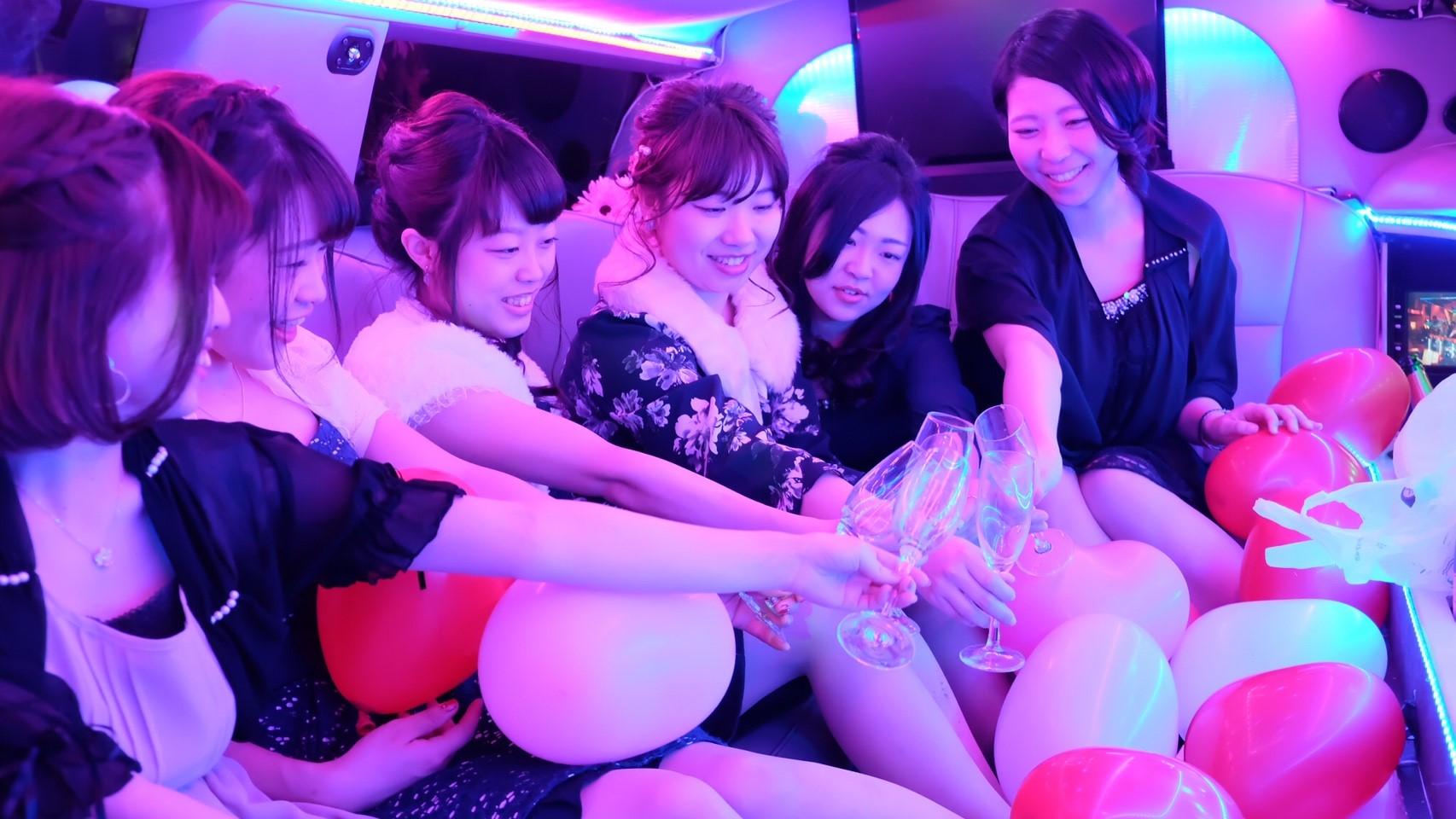 東京でリムジン女子会が楽しめる専門サイト
