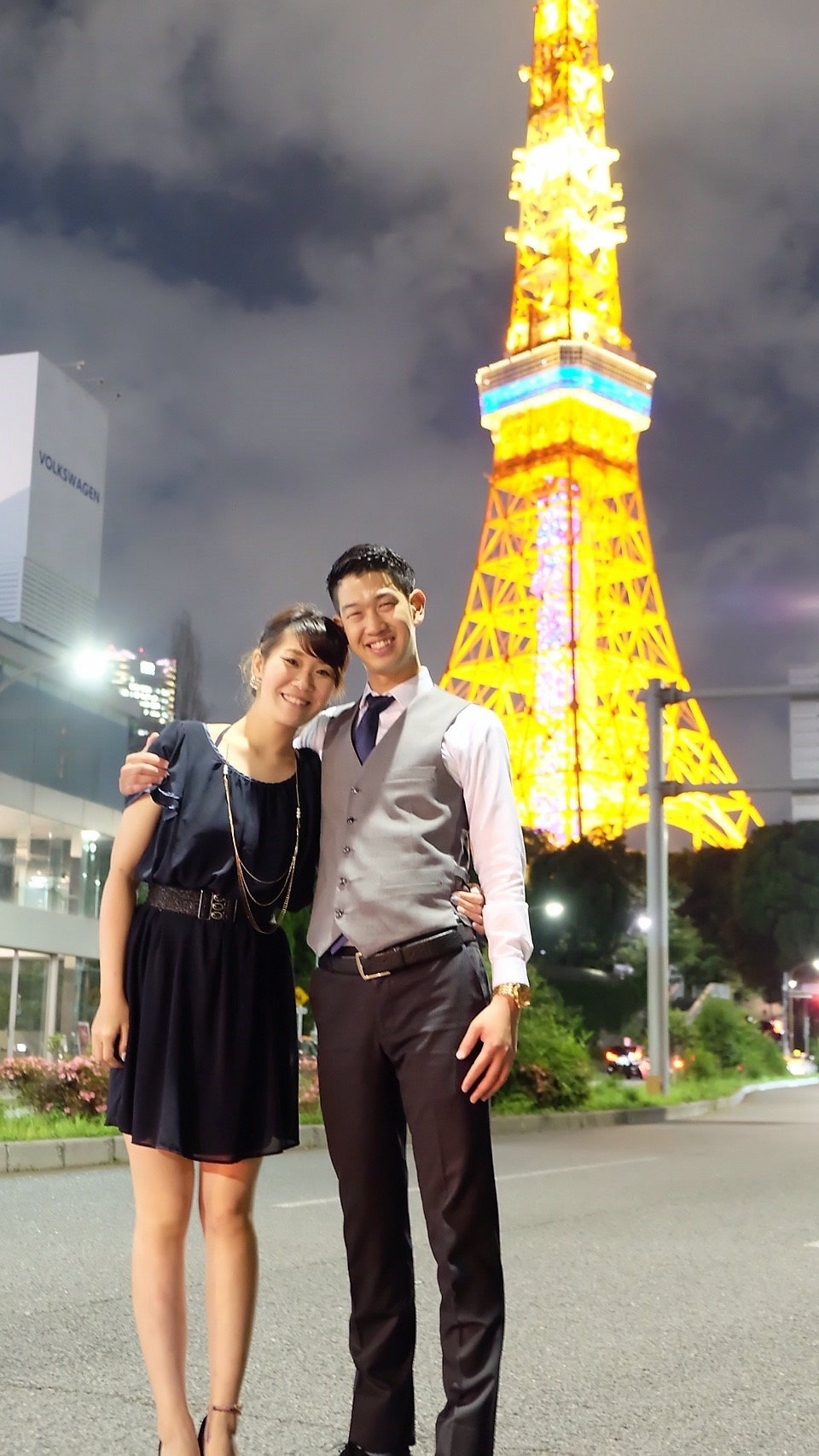 リムジンカップルデートが東京タワーで二人だけの時間をお過ごし下さい