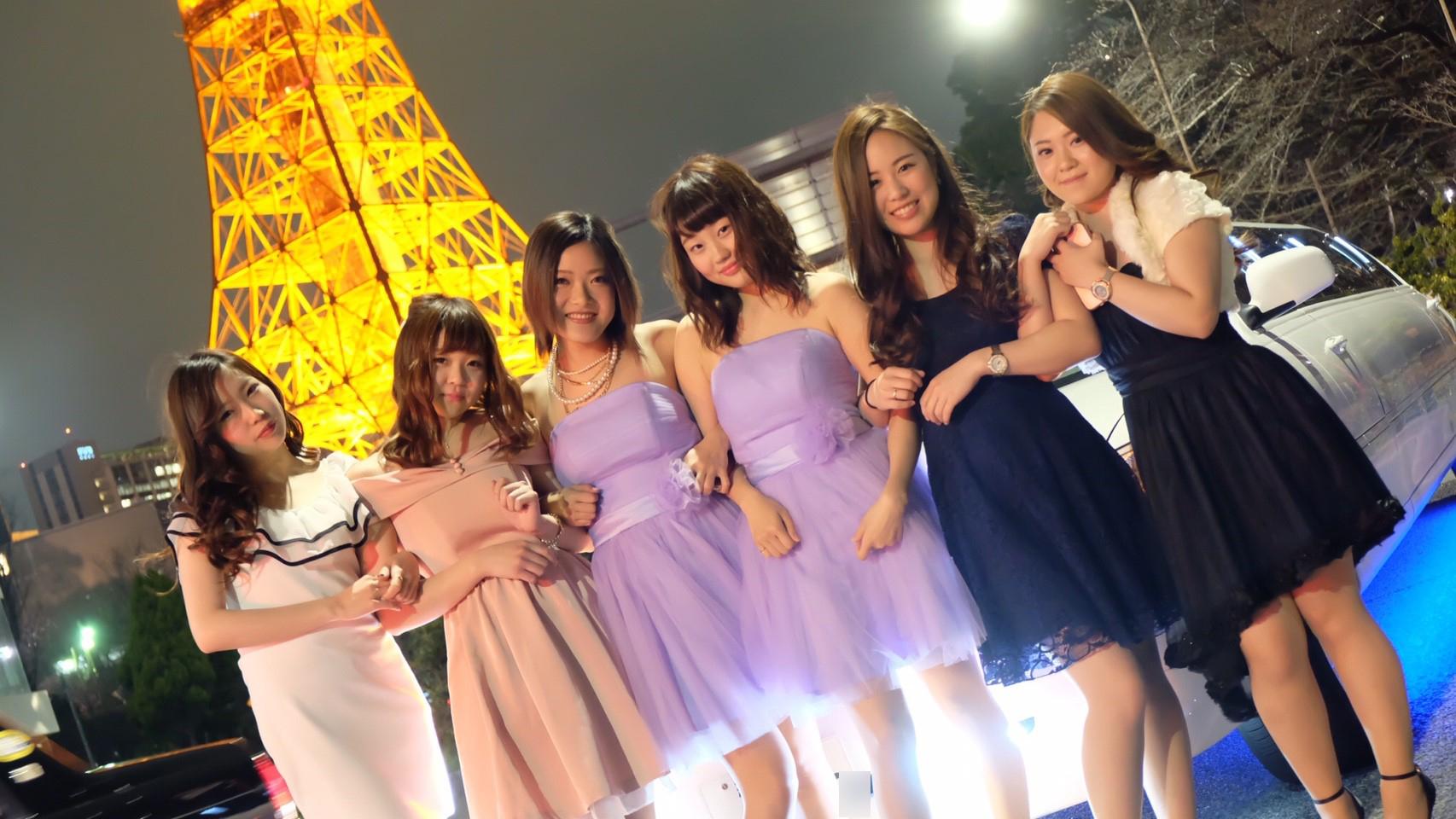 板橋区の東京タワーで皆で記念撮影