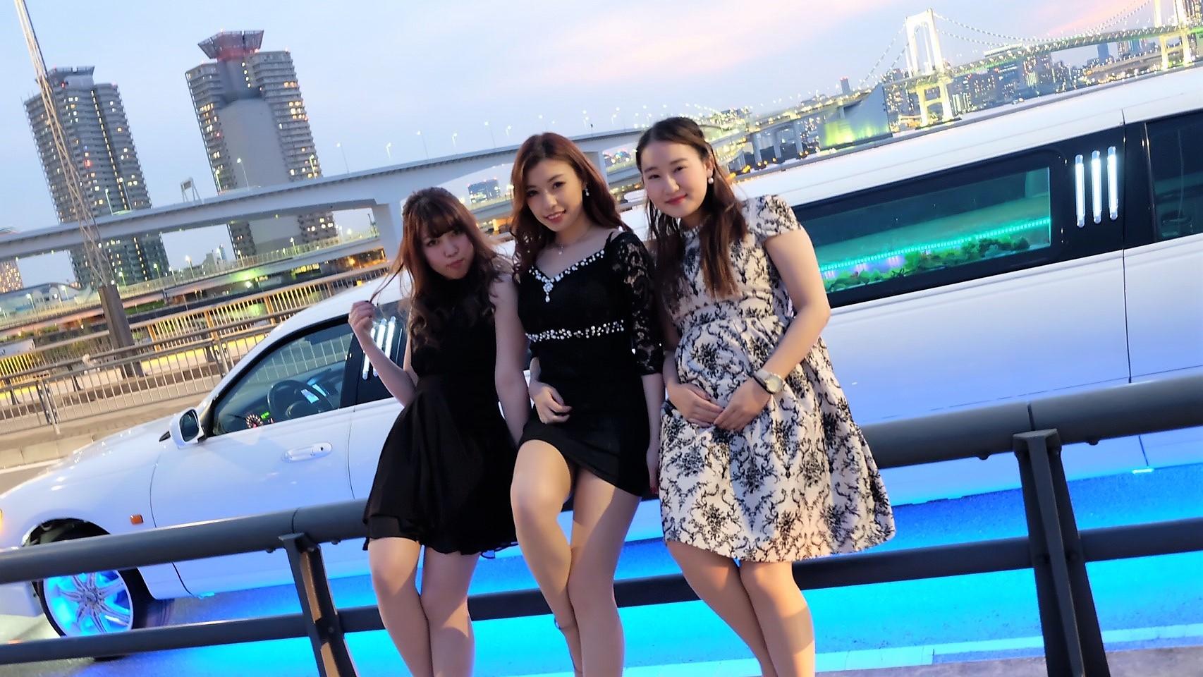 東京でリムジン女子会格安の画像
