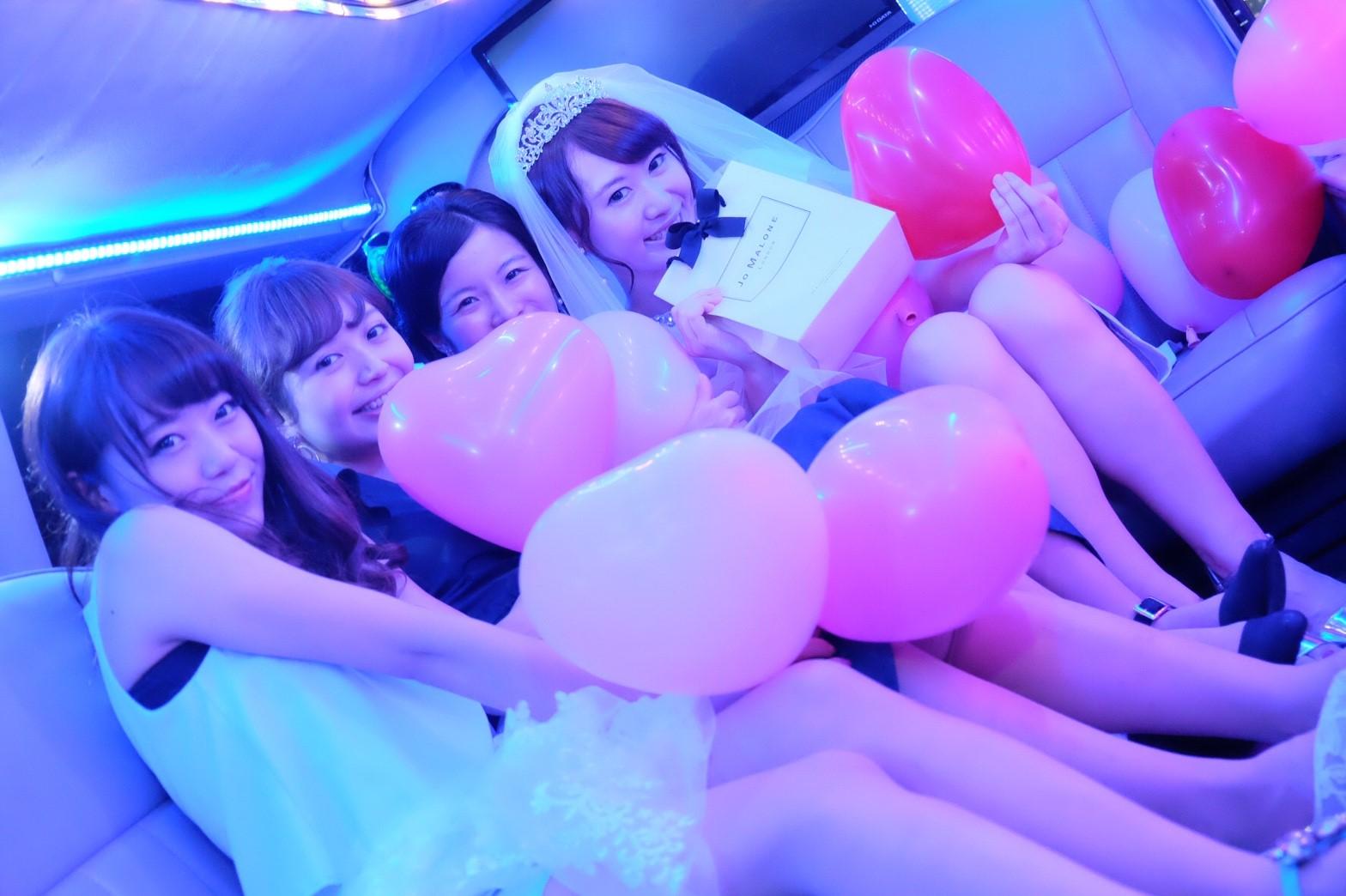 リムジンレンタル不要の撮影パーティーリムジン車内 (3)