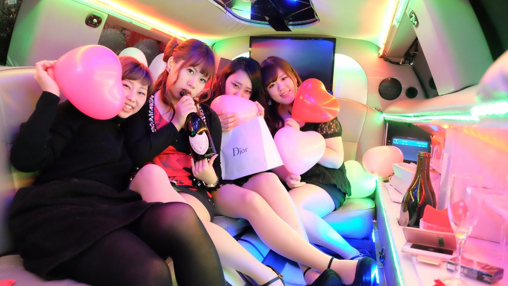 リムジン女子会撮影パーティー
