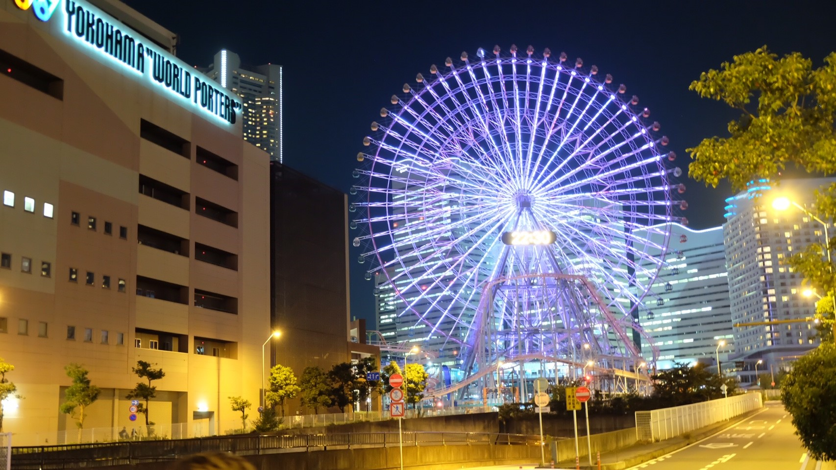 リムジンレンタル横浜値段