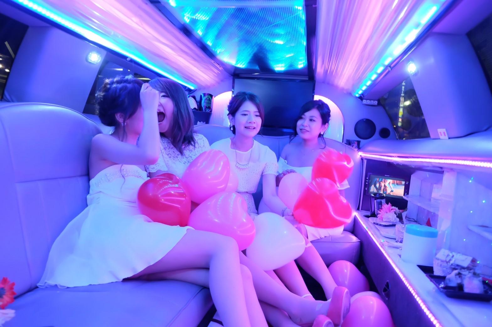 リムジン女子会の車両4