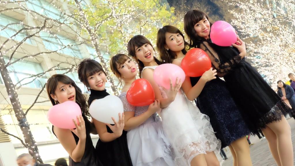 東京でリムジンパーティーするならドレスは3