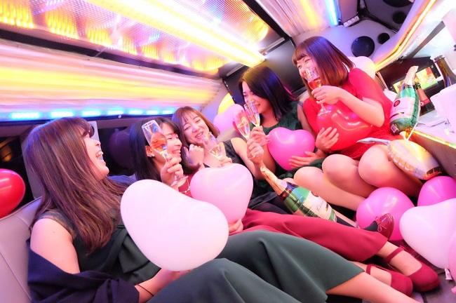 女子会撮影コース:リムジンパーティー